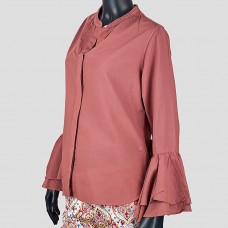 Рубашка с воланом на рукаве TROVATA (Пудровый)
