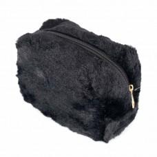 Косметичка Forever 21 black fuzzy